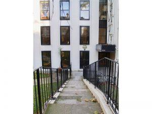 29 Montague Street
